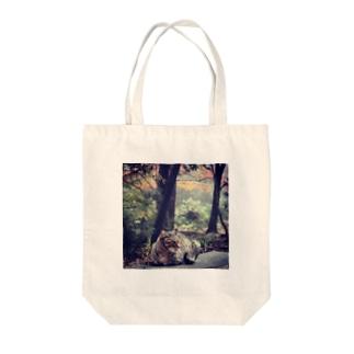 ヤマネコちゃん Tote bags