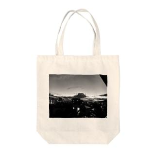 ベランダ白黒 Tote bags