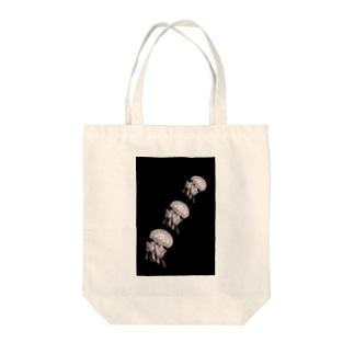 monokuro jelly fish* Tote bags