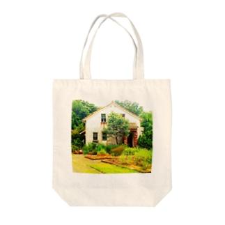 森の中のお家トート Tote bags