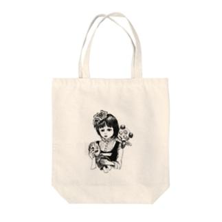 呪いの人形と少女 Tote bags