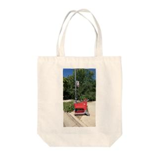 チルTショップのAbandoned Shopping Carts 4 Tote bags