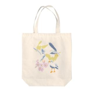 ユリカモメと桜と Tote bags