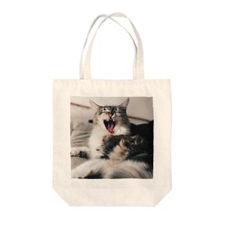 しじみさんのあくび Tote bags