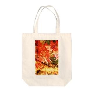 時間旅行:秋 Tote bags