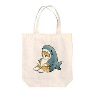 サメにゃん Tote bags
