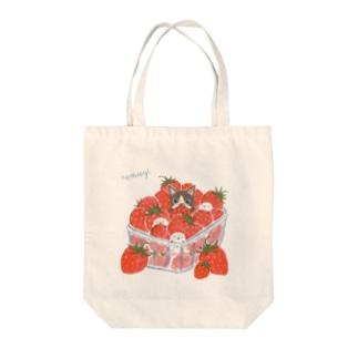 イチゴかくれんぼ Tote bags