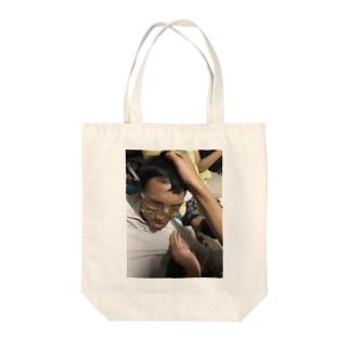 殺し屋 Tote bags