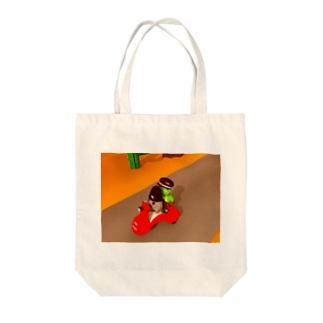 カエルくん送迎byニットねこ Tote bags