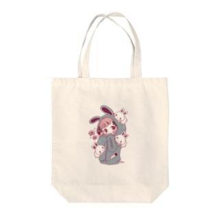 ウサギパーカー子ちゃん Tote bags