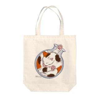 猫は液体 Tote bags