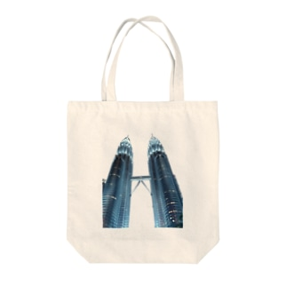 Petronas twin towers Tote bags