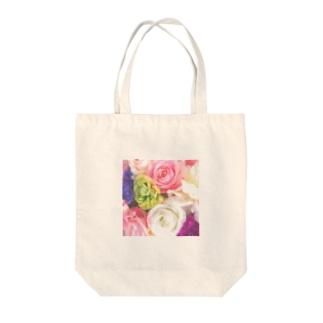 pastel flowers Tote bags