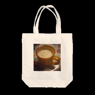 あーと・きゃんショップの深夜のホットミルクトートバッグ(黒糖入り) Tote bags