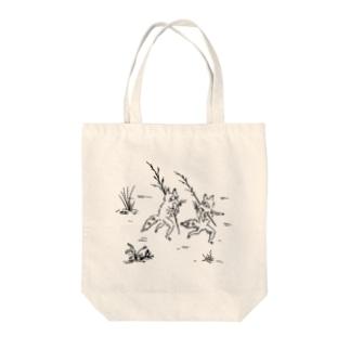 鳥獣戯画風たぬき Tote bags