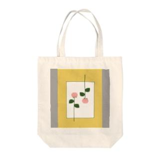 ピンクの花 Tote bags
