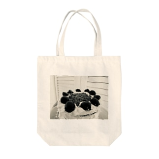 Fore noir cakes Tote bags