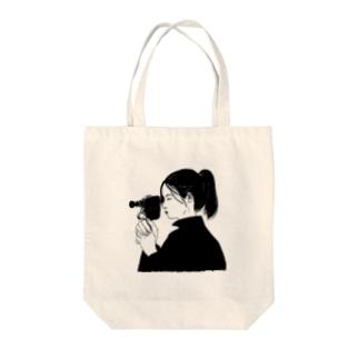 カメラ少女・モノクロ Tote bags