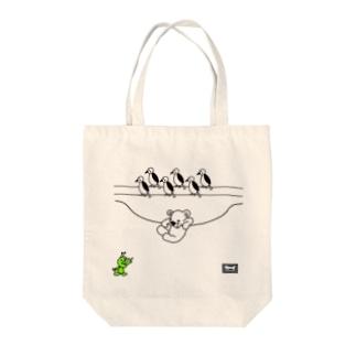 ぶらさがるクマちゃん(codycoby) Tote bags