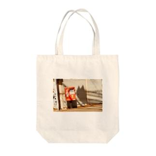 風景 ネコ ポスト  Tote bags