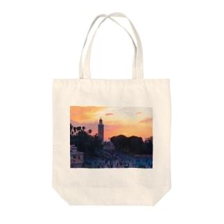 マラケシュの夕刻-モロッコ Tote bags
