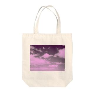 お空。 Tote bags