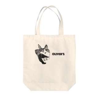 Oliver's cat Tote bags