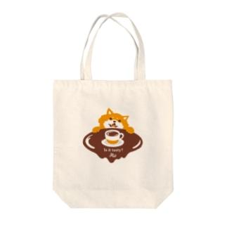 コーヒーの味が気になる柴犬 Tote bags