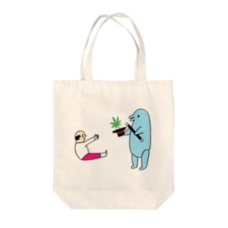 花くまゆうさくの手品 Tote bags