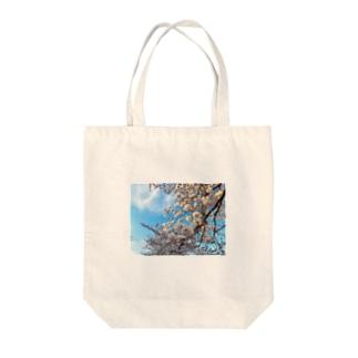 昼間の桜 Tote bags