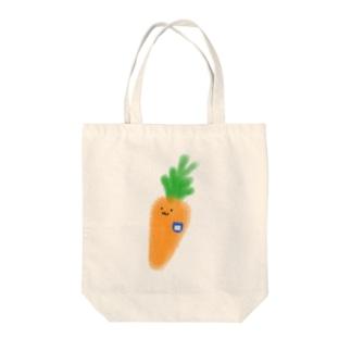 まだ幼稚園生のにんじん Tote bags