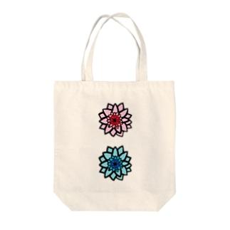 ブルー&ピンク Tote bags