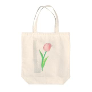 ピンクのチューリップ Tote bags