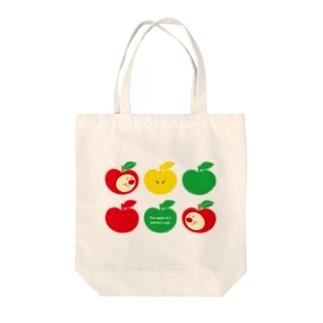 りんごちゃん(No.3) Tote bags