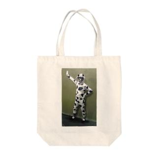 正義のヒーローモーモーマン Tote bags