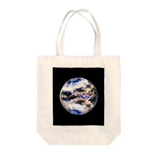 Globe19/For a round heart  Tote bags
