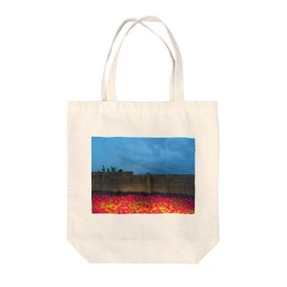 お花 Tote bags