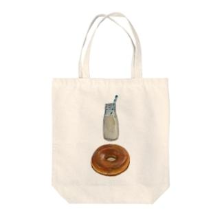 ミルクとドーナツ Tote bags