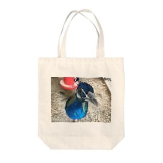 こっちを見つめるサカタニ Tote bags