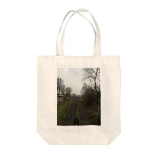 ポーランドの線路 Tote bags