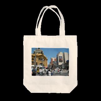 nariyukiのメルボルン Tote bags