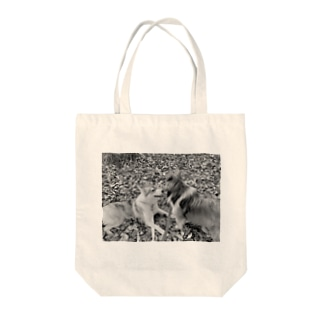 カサカサ落ち葉のメロディ モノトーン Tote bags