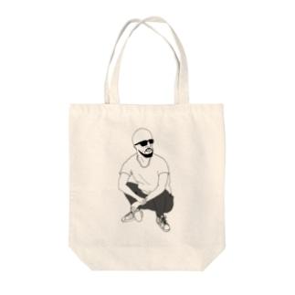 しゃがむ男 Tote bags