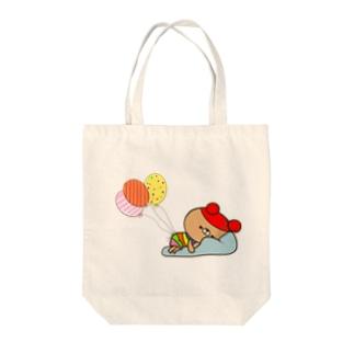 虹色クマ Tote bags
