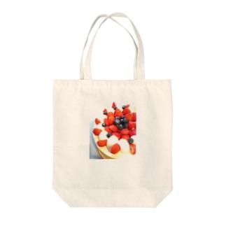 berry farm Tote bags