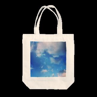 Gami_officialのBlue sky Tote bags