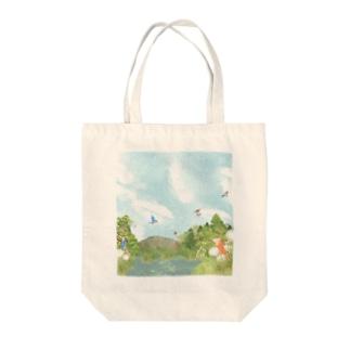 カワセミのいる風景 Tote bags