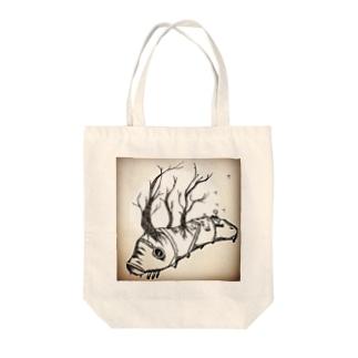 幼虫 Tote bags