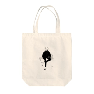 足組みboy Tote bags