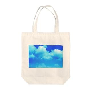 夏の雲 Tote bags